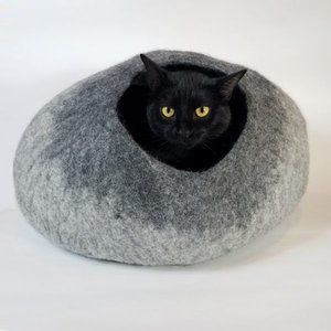 Light Gray / Dark Gray Cat Cave | Pet Bed